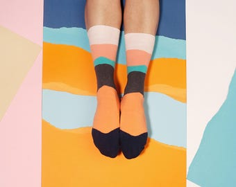 Arezo Waved Socks in Ochre Grey Colors for Men and Women