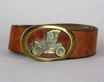 ON SALE Vintage 70s Mens Brown Genuine Leather Belt 34 Spain