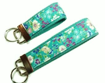 Keychain, Fabric Key Fob, Wristlet, Floral Print, Fabric Key Fob, Fabric Keychain, Key Holder, Fabric Key Chain, Key Chain, Key Holder