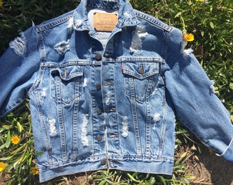 Levis vintage shredded  original  denim blue jackets