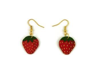 Strawberries fancy earrings, painted plastic gourmand earrings, red and green strawberries earrings, plastic fruits earrings (recycled CD)