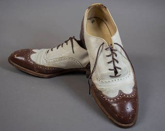 40's Vintage Brogue Two Tone Shoes, 50's Vintage Broque Oxford Shoes, 40's Vintage Wingtip Brogue Shoes , 50's Vintage Mens Brogue Shoes