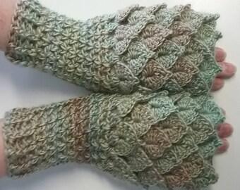 Green Crochet Dragon Gloves, Fingerless Gloves, Mermaid Gloves, Dragon Scale Mittens, Wrist Warmers, Cuff Texting Gauntlets Knit Gloves