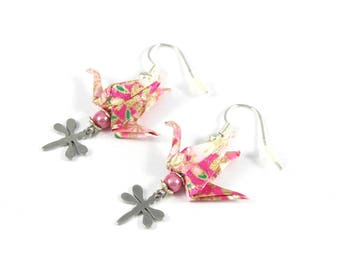 Pink and gold cranes earrings Origami Japanese paper