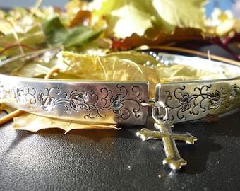 "Silver Plate Choker in the Dainty ""Silver Lace"" Pattern"
