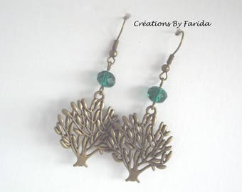 Earrings with tree under a multifaceted Emerald Green Pearl