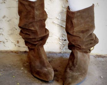 80's Suede Slouch Boots Olive Green  Vintage Burdines Size 10 Made in Italy