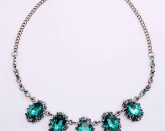 Satine - Emerald Green Statement Necklace