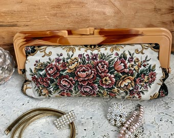 Rose Tapestry Clutch, tapestry flower clutch, vintage evening clutch, vintage tapestry purse, vintage tapestry clutch, lucite purse,