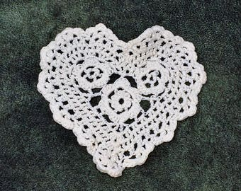 Off White Crochet Heart Sew On Applique