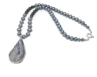 Freshwater Pearl Druzy Agate Free Form Teardrop Pendant Necklace with Hematite and Crystal, Druzy Agate Pendant, Pearl Bead Necklace