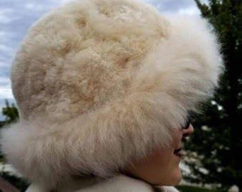 100% Alpaca Hat Fur Outer Soft Warm Winter White Stylish Sophisticated Elegant