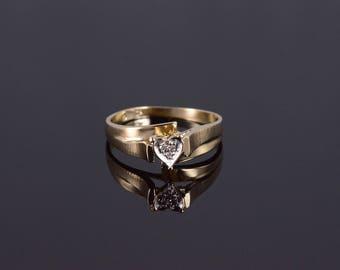10k Diamond Inset Heart Promise Bypass Ring Gold