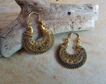 Brass ethnic tribal earrings. Gypsy style earrings. Boho earrings.