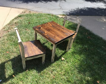 Todler table and chairs