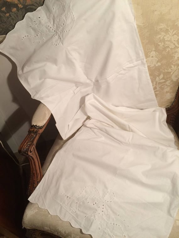 58x19 ins edwardian embroidered bolster case. Good condition. Pretty