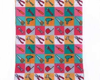 """Tissu Coton imprimé thème """"Outils """""""
