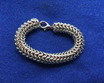 Red and Silver Roundmaille
