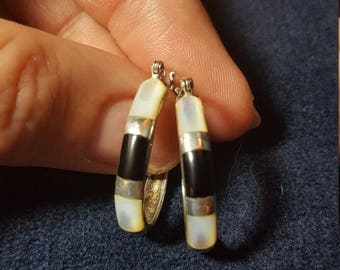 ON SALE : Sterling silver. 925 Hoop Earrings Black and Mother of Pearl