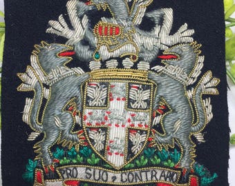 "Vintage Patch ""Pro Suo Contrario"" Latin Words Silver and Gold Thread Bullion"