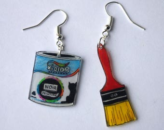 paint and brush for the crafties earrings