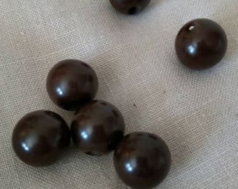 Vintage Chocolate Brown Bakelite Sphere-shaped Buttons/ Art deco Buttons/ Costume Designers/ Vintage Buttons/ Retro fashion