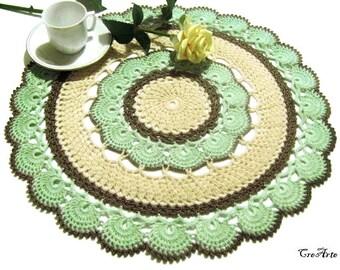 Large Dove Gray Green and Beige crochet doily, Centrino verdino tortora e beige all'uncinetto