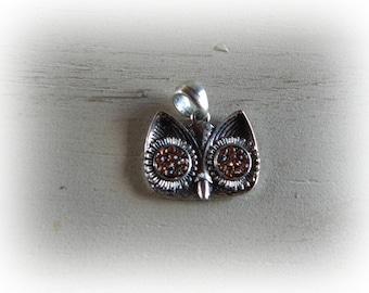 charm / pendant silver color-eyed OWL peach rhinestones 23 * 19mm