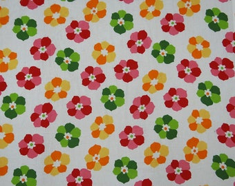 """Decorative Fabric, Floral Print, White Fabric, Quilt Material, Dress Fabric, 41"""" Inch Cotton Fabric By The Yard ZBC9019A"""