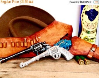 ON SALE Cast Iron Pistol Key Hook - Gifts For Dad - Fathers Day Gift - Wall Key Holder - Hunting Nursery Decor - Key Hanger - Entryway Wall