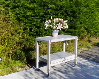 NOW REDUCED!! Extending Vintage Tea or Drinks Trolley. Shabby Chic, Paris Grey. 1950's.