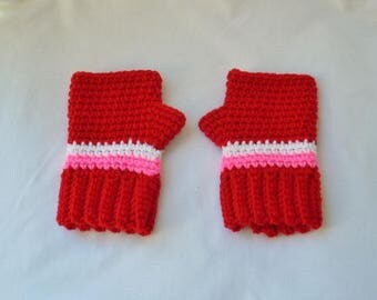 Red Crochet Finger-less Gloves, Small Child Wrist Warmers, Valentine's Day, Kids Gloves, Women's Gloves