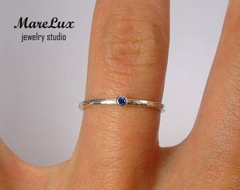 Synthetic Blue Spinel Stacking Silver Hammered Ring, 1.5 mm Round Cut Blue Spinel Gemstone Ring Thin Stackable Spinel Ring Tiny Blue Ring