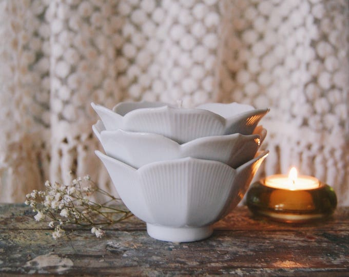 Featured listing image: Lotus Flower Bowl Vegan Candle