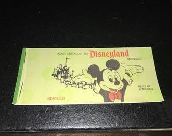 NOVELTY: Disneyland Classic Ticket Coupon Book