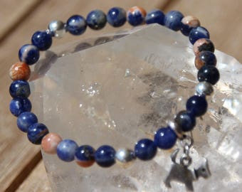 sodalite with calcite on elastic bracelet