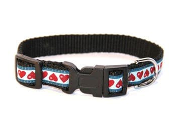 Collar for small dog or cat 'Hearts""