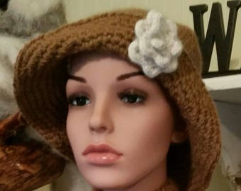 Hand Knit Alpaca Cloche - Earthy Brown