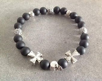 Be energized bracelet man in matte black Agate adorned with a silver skull and cross her head