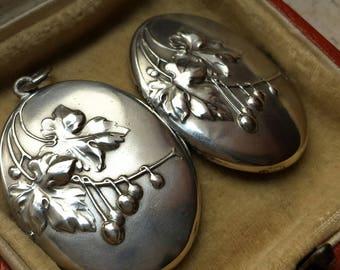 c1900 JUGENDSTIL Pforzheim, Gebruder Falk cherries locket pendant - very Art Nouveau / jugendstil in motifs