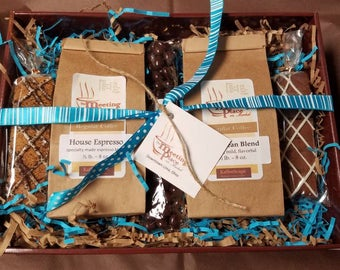 Christmas Coffee Gift Box, Gift for Mom, Gift for Dad, Coffee Gift Basket, For Her, For Him, Flavored Coffees, Chocolate  and Biscotti