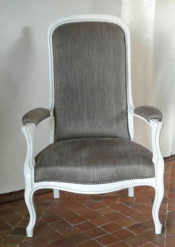articles similaires fauteuil voltaire ancien enti rement refait neuf sur etsy. Black Bedroom Furniture Sets. Home Design Ideas