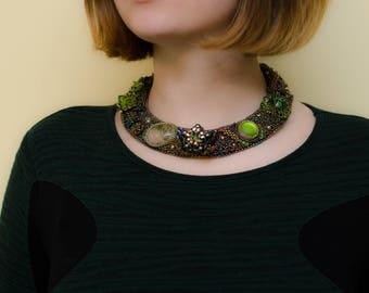 Beaded necklace - pendant necklace - bead necklace-stitch jewelry-seed bead