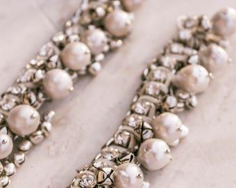 Anklets / foot bracelet / barefoot / Bridal Barefoot Sandals / footless sandal /pearls, ribbon ties, feet -  bridesmaid, bride,