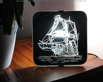 "Wall mirror handcrafted engraving ""Boat"""