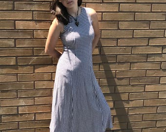 Vintage 90's woman's grunge gingham dress
