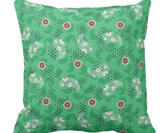 Indie Pattern Pillow in Green