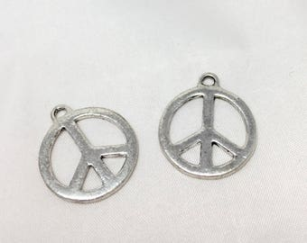 2 charms Peace and Love - silver aged - diam. 20 mm
