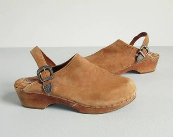 Vintage Slingback Clogs with Wooden Heel and Metal Buckle