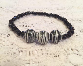 Zebra Stripes Black and White Beaded Bracelet